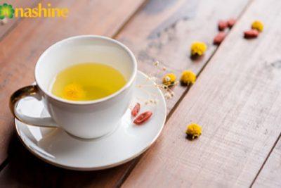 Hướng dẫn cách pha trà hoa cúc giải nhiệt ngày hè